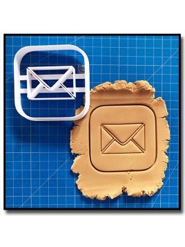 Mail 001 - Emporte-pièce pour pâtes à sucre et sablés sur le thème Réseaux sociaux