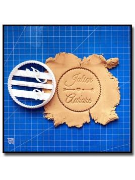 Rond Dentelé, Coeur et Flèche et Prénoms 001 - Emporte-pièce pour pâtes à sucre et sablés sur le thème Amour