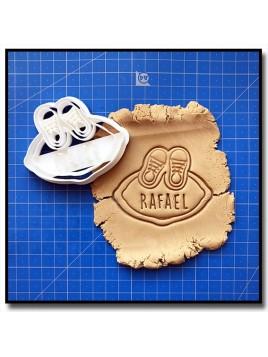 Plaque, Prénom & Chaussures 001 - Emporte-pièce pour pâtes à sucre et sablés sur le thème Naissance