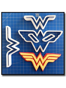 Wonder Woman 101 - Emporte-pièce en Kit pour pâtes à sucre et sablés sur le thème Super-Heros
